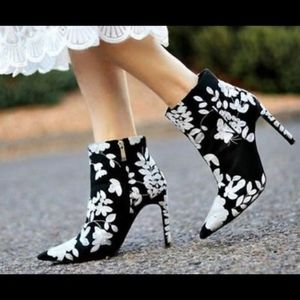 ZARA Embroidered Ankle Boots
